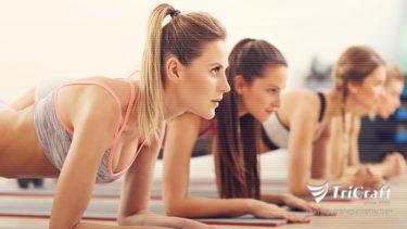 【体幹】逆三の背中は頼もしさの象徴。基礎トレーニングでじっくり鍛え上げる。